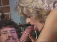 John Holmes fickt eine heisse Blondine durch