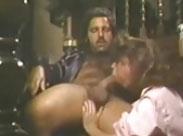 Ron Jeremy lässt sich einen blasen
